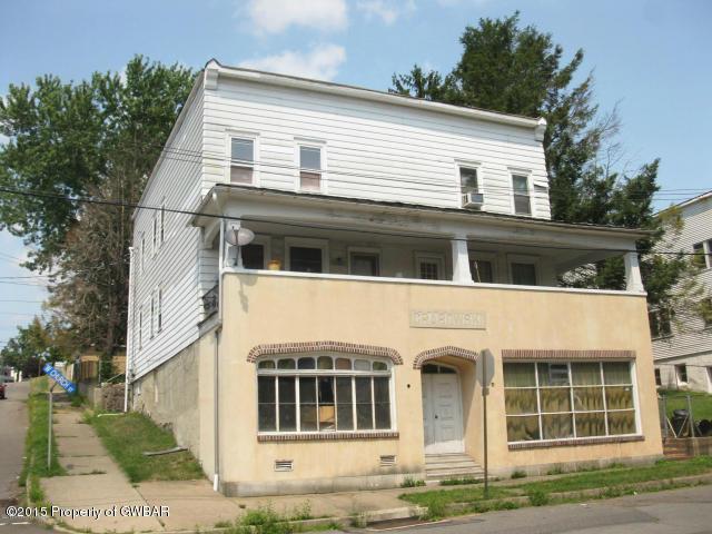 190 W Church St, Nanticoke, PA 18634