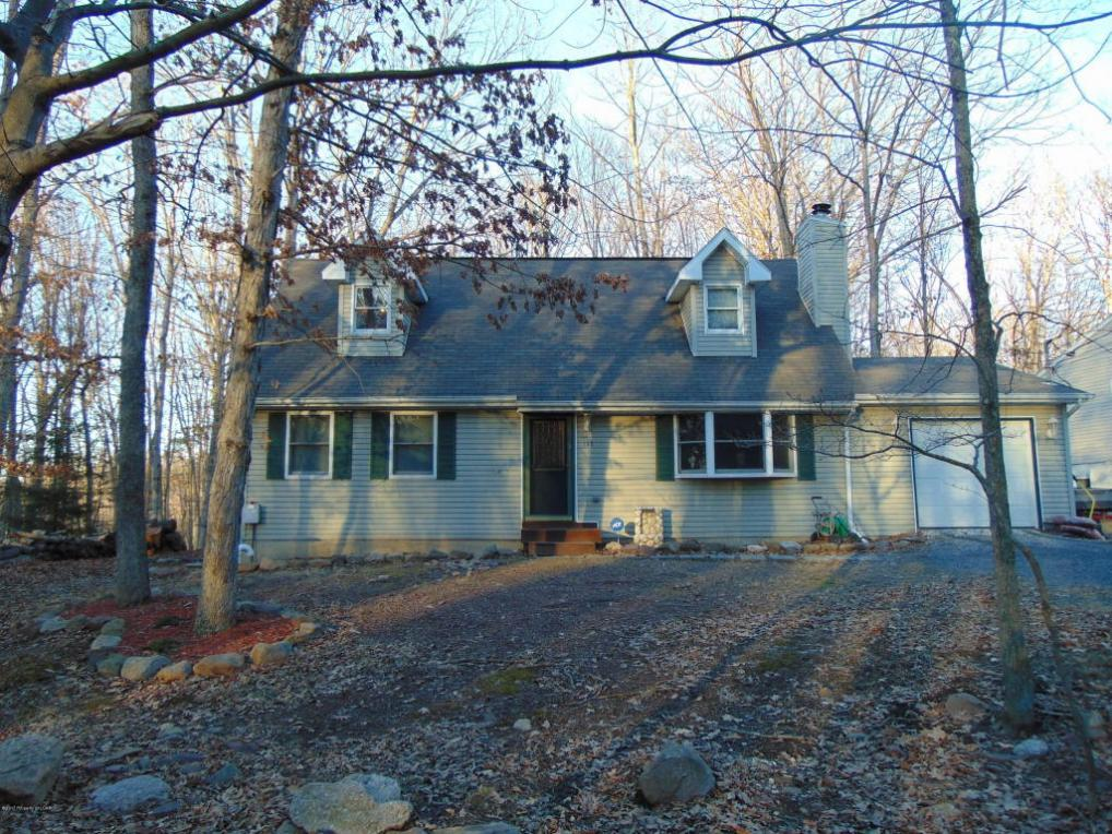 132 Bear Run Dr, Drums, PA 18222