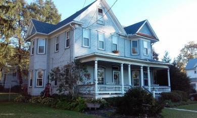 458 S River St, Wapwallopen, PA 18660