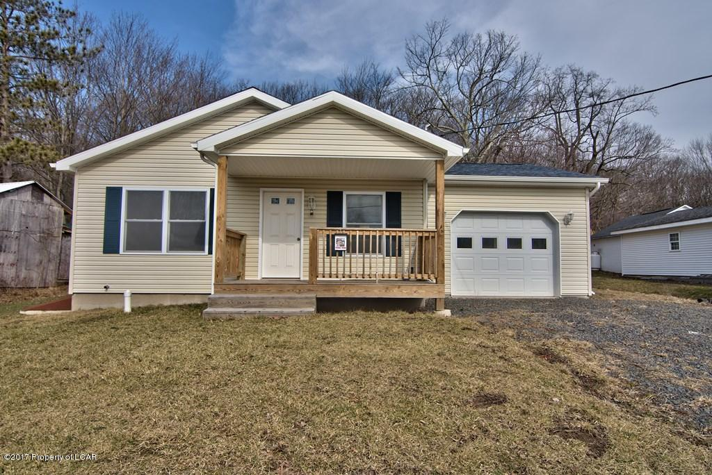 148 Woodlawn Ave, Mountain Top, PA 18707