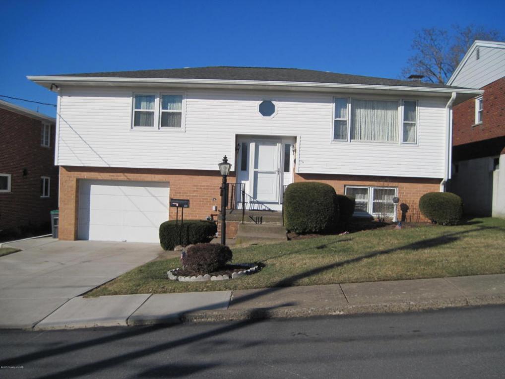 644 Pardee St, Hazleton, PA 18201