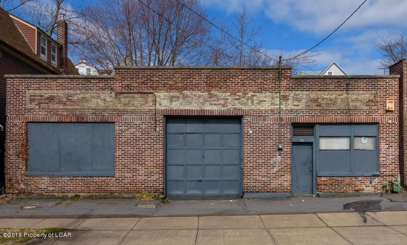 190 Wyoming St, Wilkes Barre, PA 18702