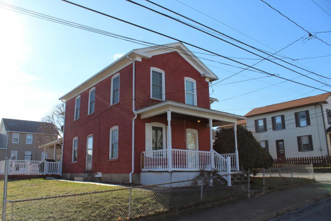 59 Franklin St, Plymouth, PA 18651