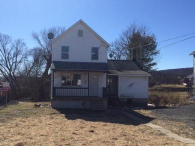 130 Howard St, Larksville, PA 18704