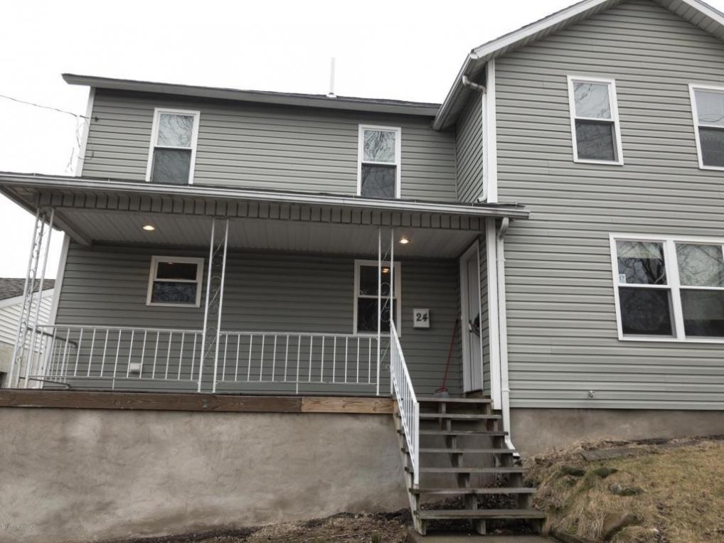 24 Frothingham St, Pittston, PA 18640