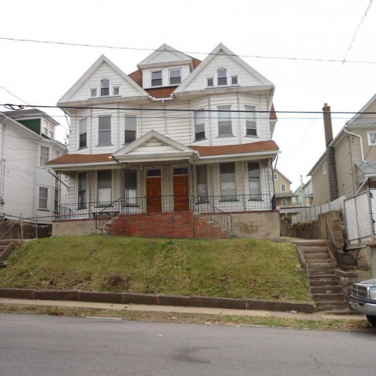 81 Dana St, Wilkes Barre, PA 18702