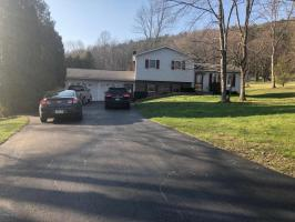 7 Lights Rd, Berwick, PA 18603