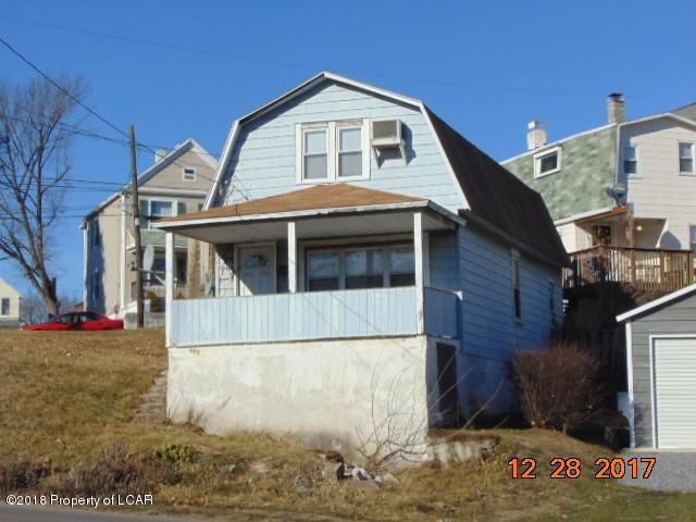 989 S Main St, Wilkes Barre, PA 18706