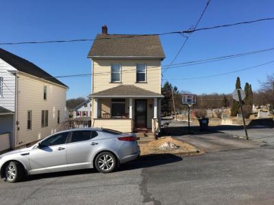 Photo of 526 Green St, Freeland, PA 18224