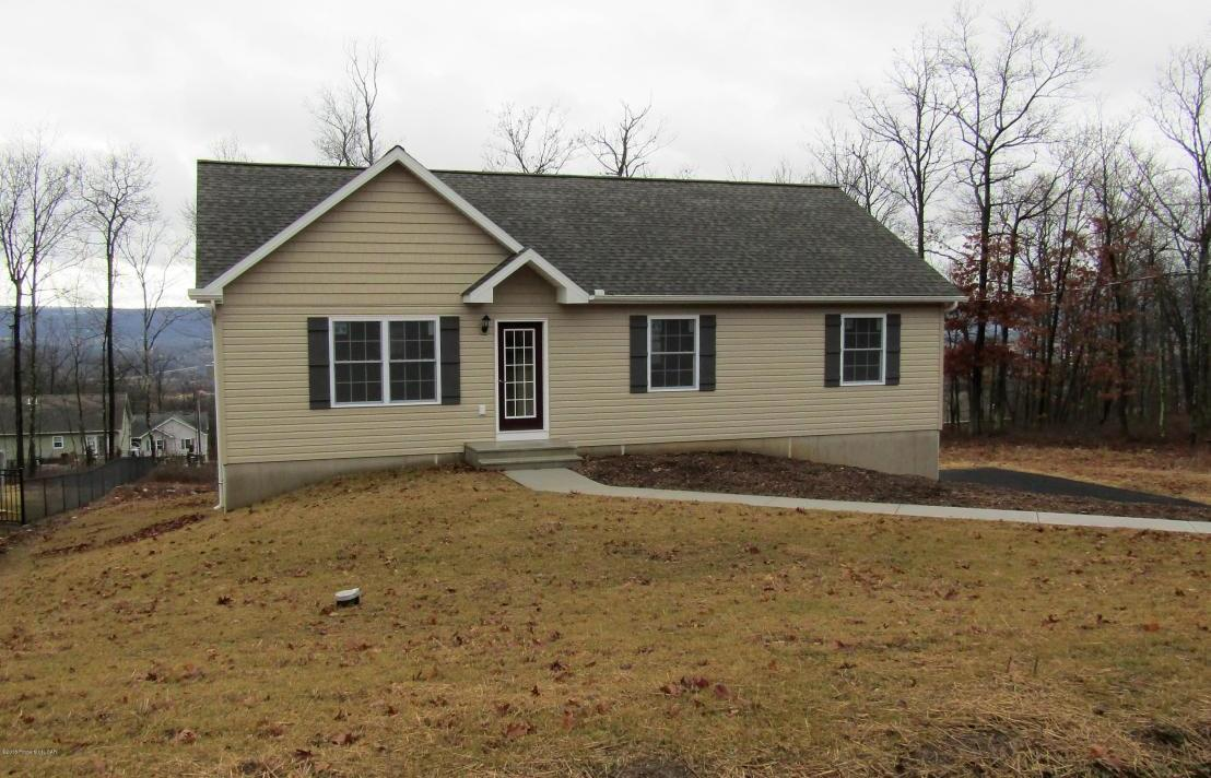 220 Mountain Road, Drums, PA 18222