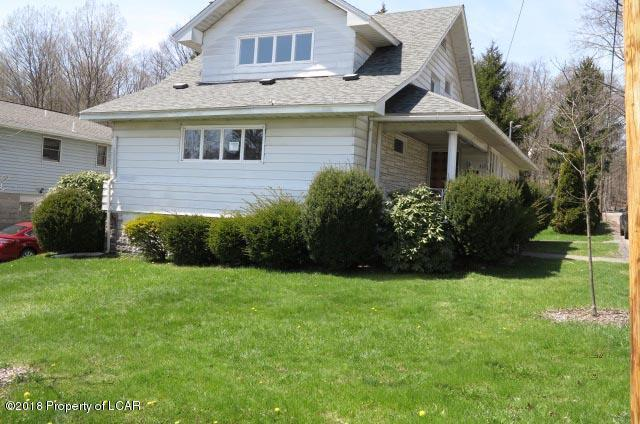 113 Fairview Ave, Clarks Summit, PA 18411