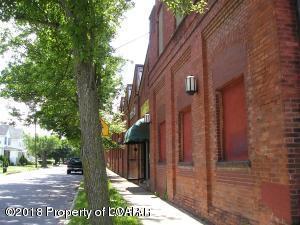 83 Waller St, Wilkes Barre, PA 18702