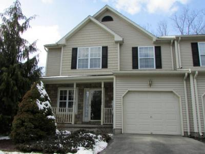 Photo of 102 Fox Hollow Dr, Drums, PA 18222