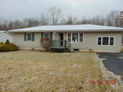 Photo of 37 Oak Forest Dr, Tunkhannock, PA 18657