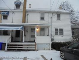 155 First St, Oneida, PA 18242