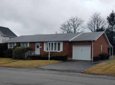 635 Muir Ave, Hazleton, PA 18201