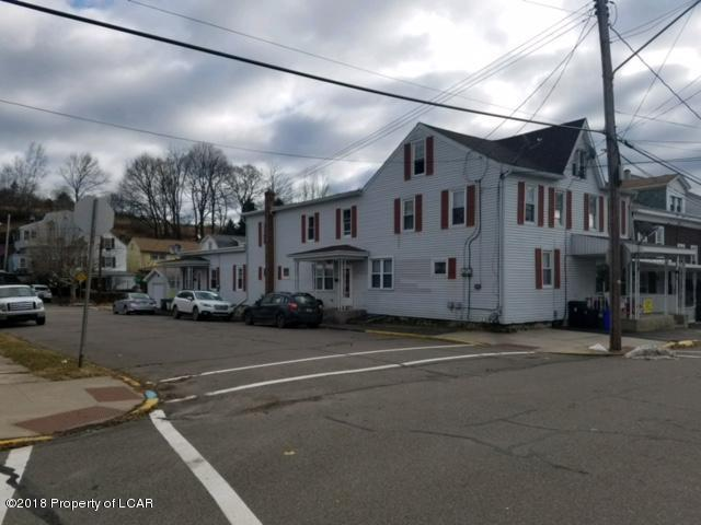 1 S Morris St, St Clair, PA 17970