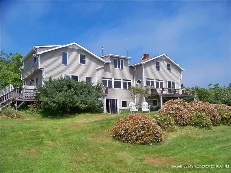 77 York Road, Vinalhaven, Maine 04863