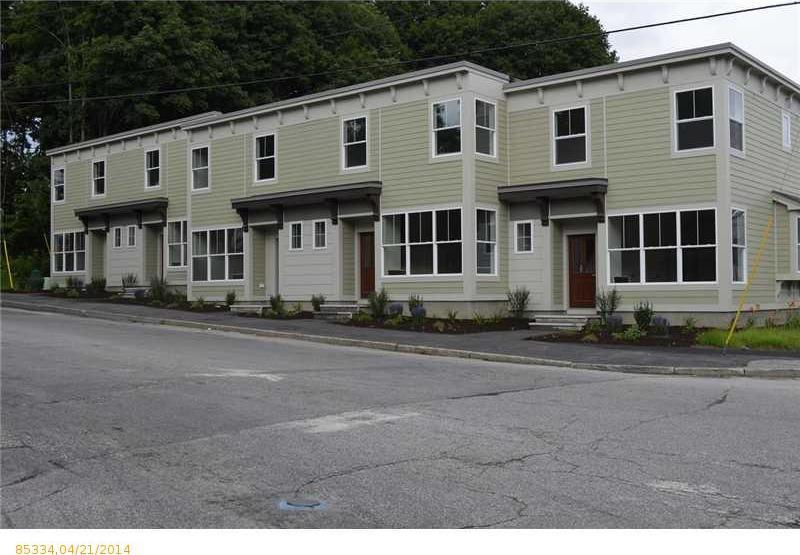 9 Academy Street, Auburn, Maine 04210