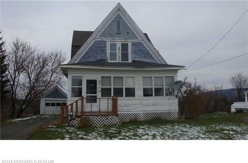 37 Fort Hill Street, Fort Fairfield, Maine 04742
