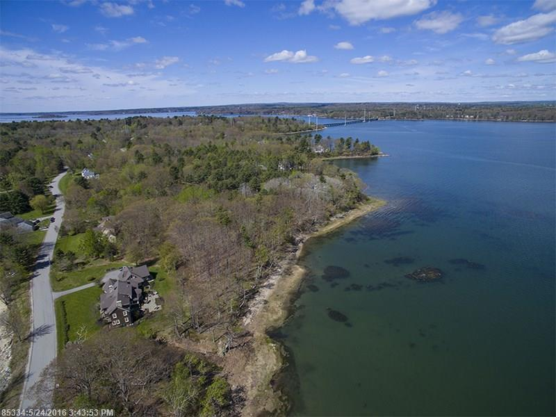 128 Groves Road, Yarmouth, Maine 04096