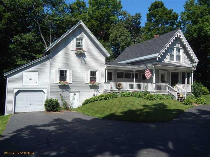 129 Spring Street, Dexter, Maine 04930