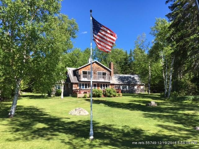 50 Case Rd, Rangeley, Maine 04970