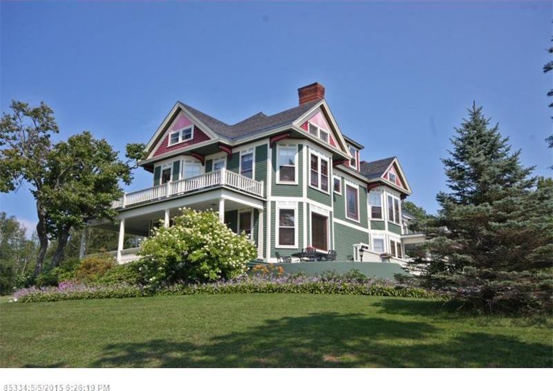 40 Norris St, Greenville, Maine 04441