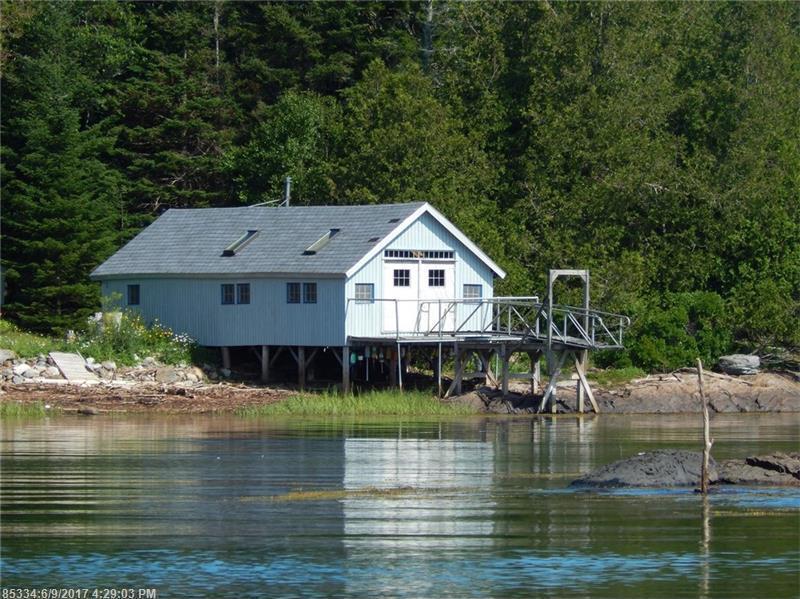 37 Long Island, Harpswell, Maine 04079