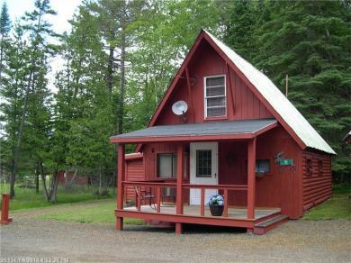 10 Oxford St, Rangeley, Maine 04970