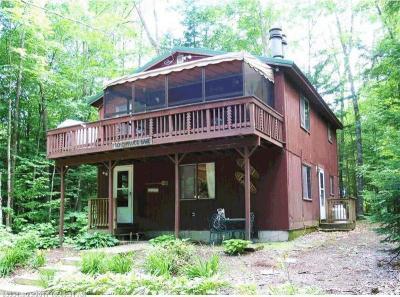 Photo of 10 Spruce Ln, Bridgton, Maine 04009