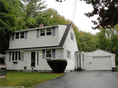 27 Charles St, Winthrop, Maine 04364