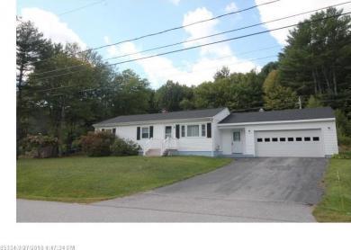 30 Cedarwood Road, Auburn, Maine 04210