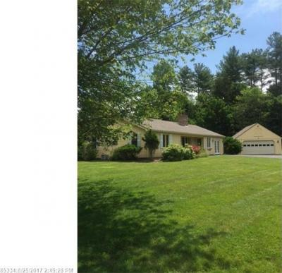 Photo of 25 Laurel Ln, Eliot, Maine 03903