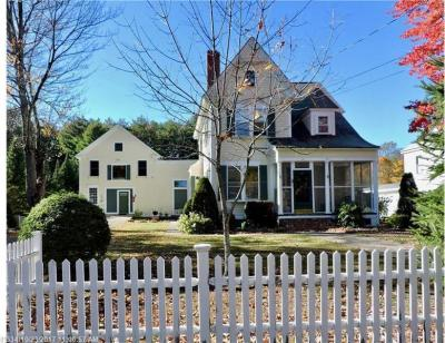 Photo of 21 Oak St, Alfred, Maine 04002