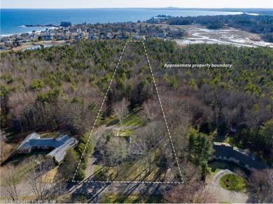 27 Fairfield Dr, Kennebunk, Maine 04043