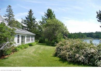 32 Mill Ln, Castine, Maine 04421