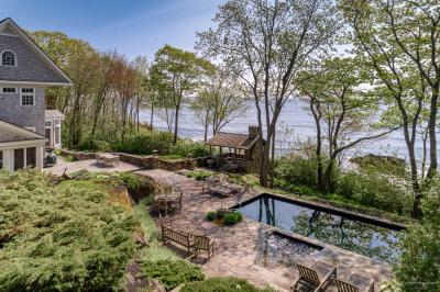 Photo of 1172 Shore Rd, Cape Elizabeth, Maine 04107
