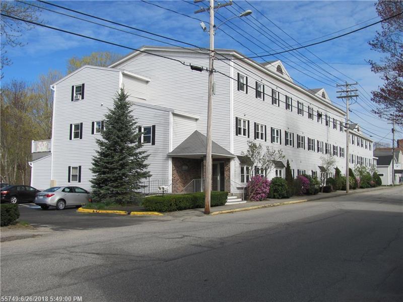 17 Water St 4, Kennebunk, Maine 04043