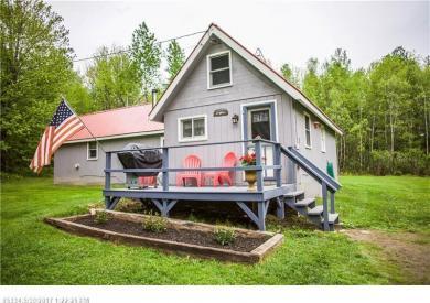 3 Prince Rd, New Sharon, Maine 04955