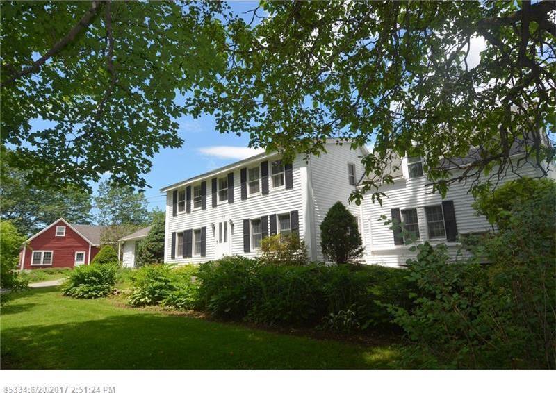 77 Babbidge Rd, Falmouth, Maine 04105