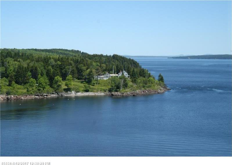 101 & 121 Crows Nest Ln, Northport, Maine 04849