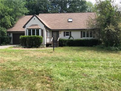 Photo of 488 Oak Woods Rd, North Berwick, Maine 03906