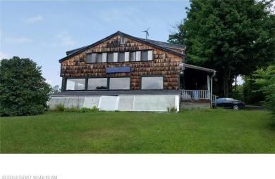 711 Cape Cod Hill Rd, New Sharon, Maine 04955