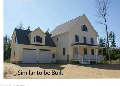 Photo of 65 Deerfield Rd, North Berwick, Maine 03906