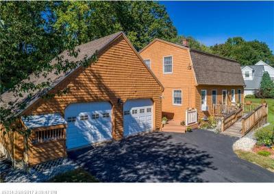 Photo of 17 Chestnut Dr, South Berwick, Maine 03908