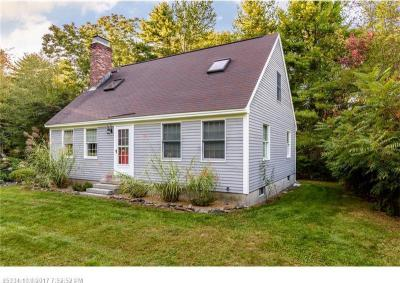 Photo of 81 Bartlett Rd, Kittery, Maine 03905
