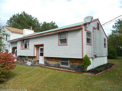 Photo of 17 Gould Farm Rd, Hiram, Maine 04041
