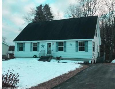 Photo of 32 Fox Ridge Dr, Berwick, Maine 03901