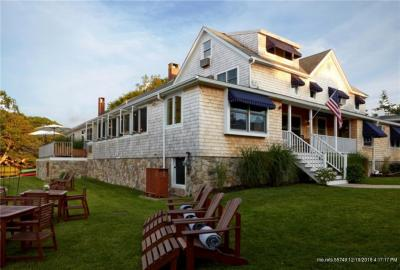 Photo of 126 Ocean Ave, Kennebunkport, Maine 04046